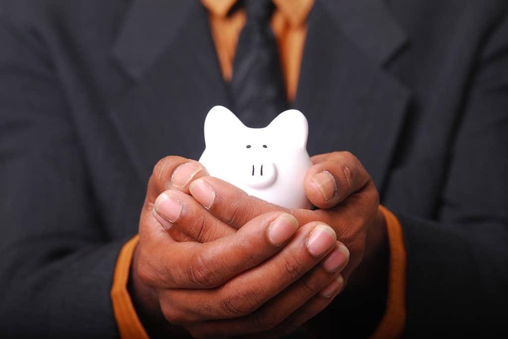 consejos para ahorrar dinero en tu negocio